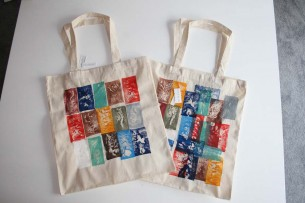 tote bags hand-printed with port-colors